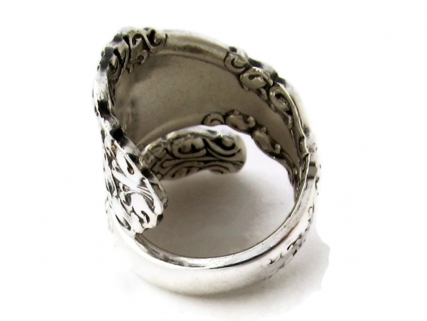 Berkshire Wrapped Spoon Ring Size 7