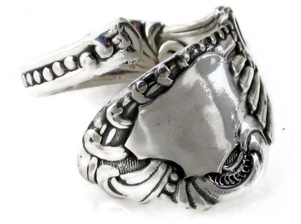Spoon Ring Pequot