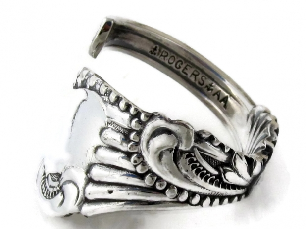 Spoon Ring Pequot Side View