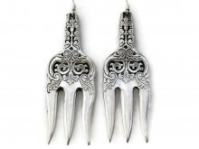 Alhambra cocktail fork earrings pair