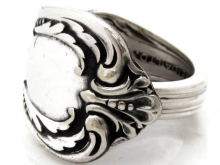 Harmony Chalice spoon ring