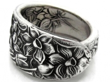 Narcissus spoon ring, 1935 band style
