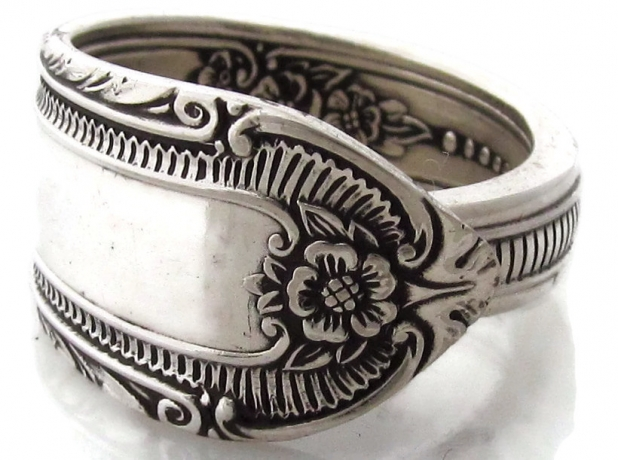Spoon ring cotillion pattern from 1937