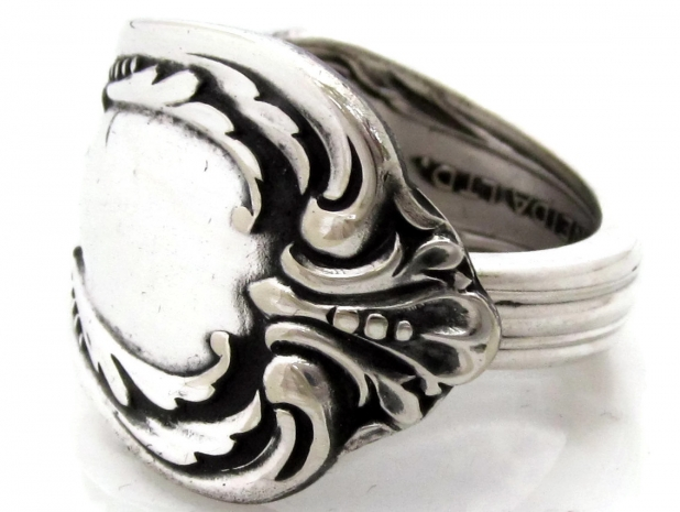 Harmony Chalice spoon ring