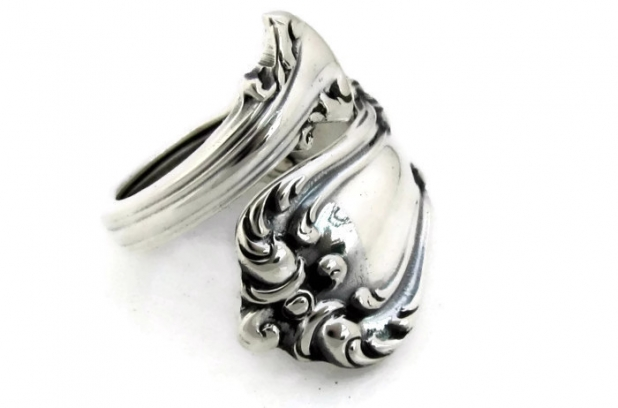 Marlborough sterling silver spoon ring demitasse